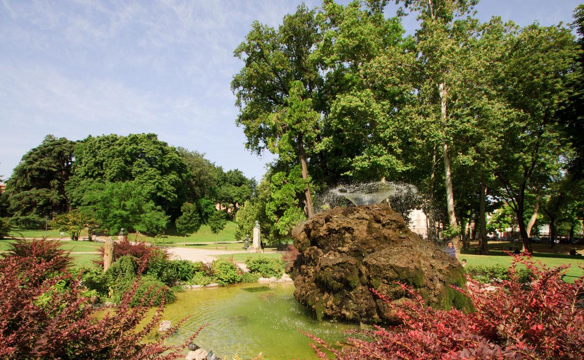 Giardini margherita visitare bologna in tre giorni for Arredatori di giardini