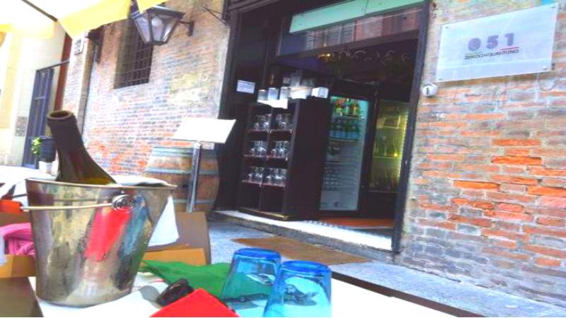 051 pub Centre zone aperitif Bologna