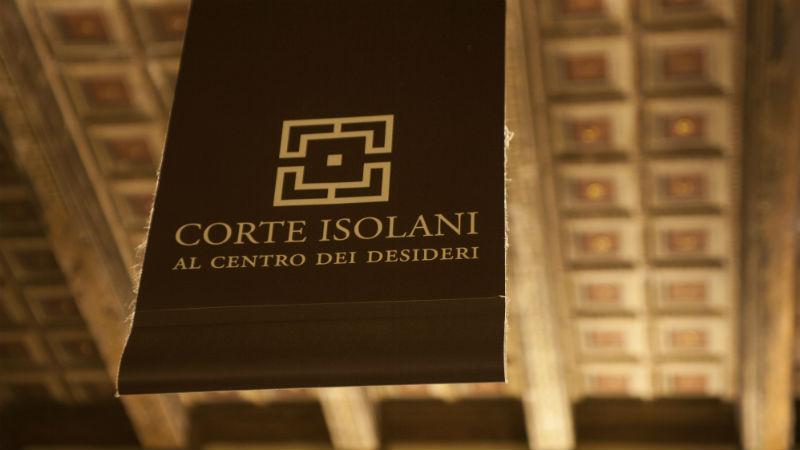 Corte Isolani visitare Bologna