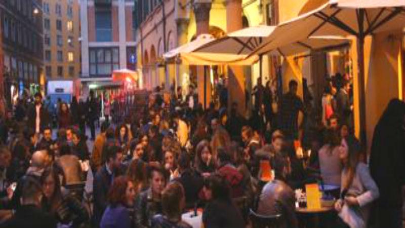 Mercato delle Erbe Bologna happy hour