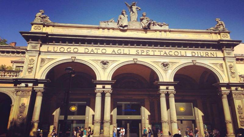 Teatro Arena del Sole via Indipendenza visitare Bologna