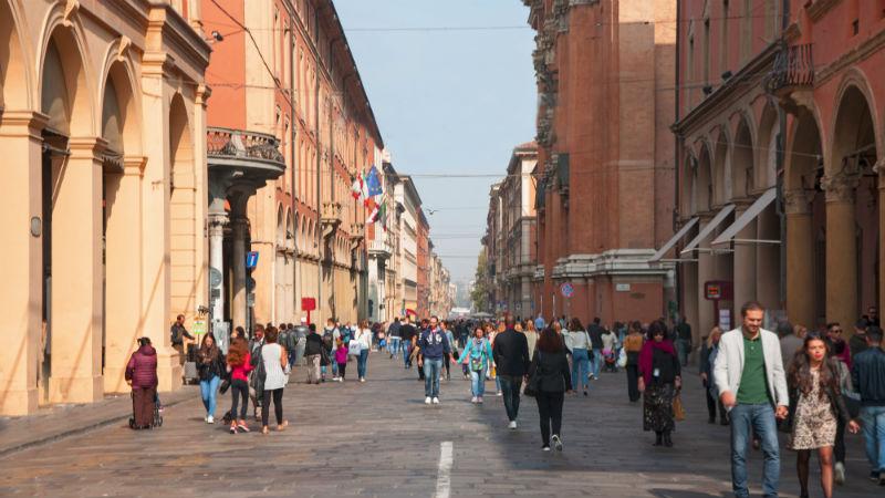 via indipendenza: visitare Bologna in due giorni