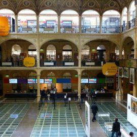 Biblioteca Salaborsa di Bologna: paradiso dei bibliofili