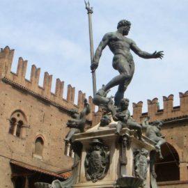 La statua del Nettuno di Bologna: ci vorrebbe la foglia di fico?