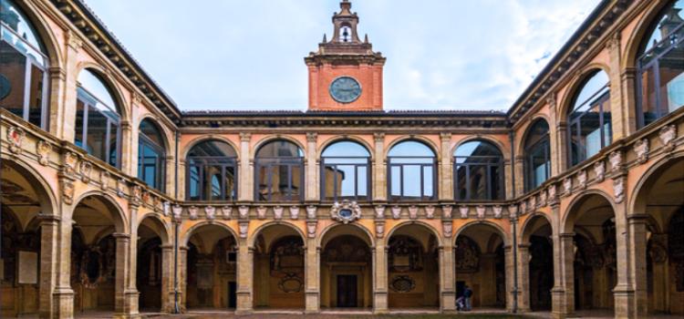 Archiginnasio di Bologna e il Teatro Anatomico